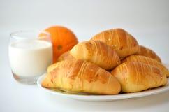 法国面包新月形面包特点 免版税图库摄影