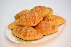 法国面包新月形面包特点 库存照片