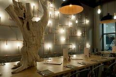 法国餐馆内部  图库摄影