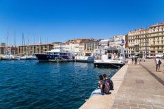 法国马赛 在旧港口的码头 库存照片