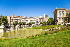 法国马赛 落下喷泉和池塘在Longchamp宫殿的底部  免版税库存照片