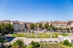 法国马赛 Longchamp宫殿的底部的池塘  库存照片