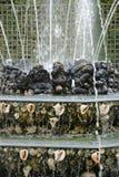 法国,三个喷泉树丛在凡尔赛宫公园 库存图片