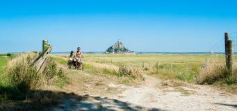 法国,圣米歇尔山- 2012年8月10日:Th风景视图  免版税库存图片