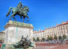 法国,地方bellecour,利昂,法国的路易斯14国王的纪念碑 免版税库存图片