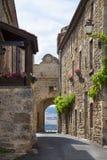 法国,奥韦涅, Montpeyroux村庄 免版税库存图片