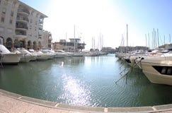 法国,弗雷瑞斯,弗雷瑞斯小游艇船坞 库存图片