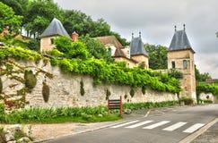法国,棉兰美丽如画的村庄  免版税库存照片