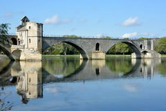 法国,横谷,阿维尼翁, Avigon桥梁, Bezenet桥梁 库存照片
