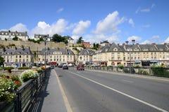 法国,美丽如画的市蓬图瓦兹 免版税库存图片