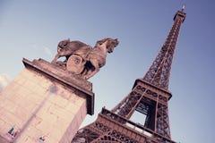 法国巴黎 与艾菲尔铁塔的葡萄酒foto 免版税库存图片