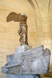 法国巴黎 也称萨莫色雷斯岛耐克的萨莫色雷斯岛飞过的胜利在罗浮宫 库存图片