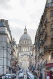 巴黎法国- 2012年11月25日:宫殿在巴黎,法国 图库摄影