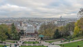 巴黎法国- 2012年11月22日:蒙马特在巴黎和都市风景全景 法国 库存照片