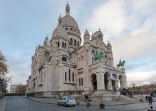 巴黎法国- 2012年11月22日:蒙马特教会在巴黎,法国 库存图片