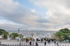 巴黎法国- 2012年11月22日:巴黎和都市风景的蒙马特 法国 库存照片
