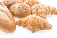 法国黄油新月形面包面包和面包店 免版税图库摄影