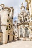 法国 用大阳台观看Chambord城堡的上面  免版税库存图片