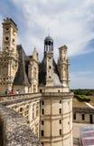 法国 观看Chambord, 1519 - 1547年皇家城堡从大阳台的 库存照片