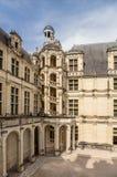 法国 Chambord城堡的庭院  免版税图库摄影