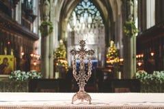 法坛十字架在布里斯托尔大教堂里 免版税库存照片