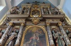 法坛在亚历山大的圣徒凯瑟琳教会里在克拉皮纳,克罗地亚 免版税库存照片