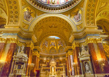 法坛大教堂曲拱圣徒斯蒂芬斯大教堂布达佩斯匈牙利 免版税库存照片