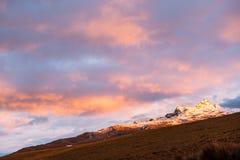 法坛火山 厄瓜多尔 免版税库存图片