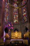 法坛补偿关闭玻璃被弄脏的寺庙 库存图片
