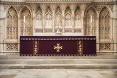 法坛,修道院教会,巴恩,英国 免版税库存图片