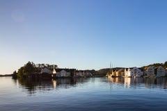 法尔松,从海洋的看法,小城市在挪威 免版税库存图片