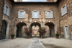 法尼亚诺奥洛纳& x28; Italy& x29; 城堡 库存图片