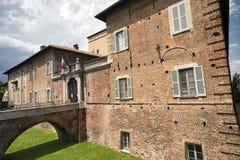 法尼亚诺奥洛纳& x28; Italy& x29; 城堡 图库摄影