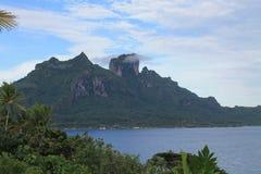 法属玻里尼西亚, Bora bora,山景 免版税库存图片