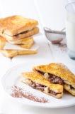 法式多士充塞用巧克力和香蕉 免版税库存图片