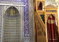 法提赫清真寺土耳其艺术性的墙壁瓦片 免版税库存图片