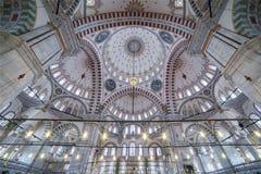 法提赫清真寺天花板在伊斯坦布尔,土耳其 图库摄影