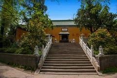 法海寺在扬州苗条西湖 库存图片
