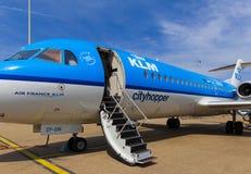 法航KLM Cityhopper福克战斗机70 免版税图库摄影