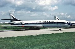 法航Sud SE 210 Caravelle III F-BHRY在飞行之间在巴黎, Orlay机场 免版税库存照片
