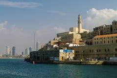 贾法角,以色列- 2010年12月10日:贾法角老镇和视图对Te 库存图片