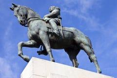 法警费迪南・福煦雕象在巴黎 库存图片
