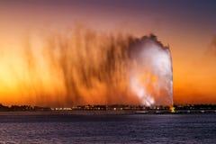 法赫德国王` s喷泉,亦称吉达喷泉在吉达,沙特阿拉伯 库存照片