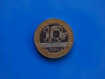 10法郎硬币,在蓝色的法国 库存图片