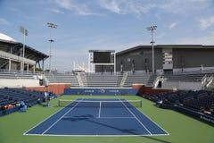 法院17在比利・简・金国家网球中心准备好美国公开赛2017年比赛 库存照片