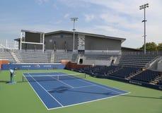 法院17在比利・简・金国家网球中心准备好美国公开赛2017年比赛 免版税库存照片
