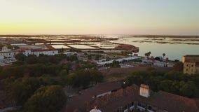 法鲁鸟瞰图有历史的大教堂的在老镇,葡萄牙中间 股票视频