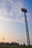 泛光灯橄榄球场 免版税图库摄影