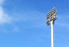 泛光灯橄榄球场 免版税库存照片
