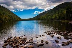 泡影池塘,阿科底亚国家公园的,缅因 免版税库存照片